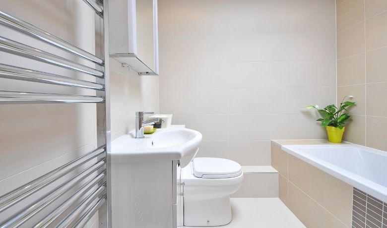 6 Ideas to Remodel Small Bathrooms
