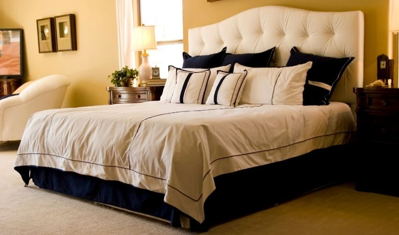 Decorative Ideas for a Modern Master Bedroom